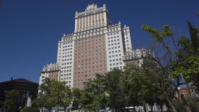 Patrimonio aprueba rebajar el «blindaje» del Edificio España