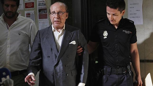 Ruiz-Mateos dio 600.000 euros al abad de Montserrat para lograr su apoyo