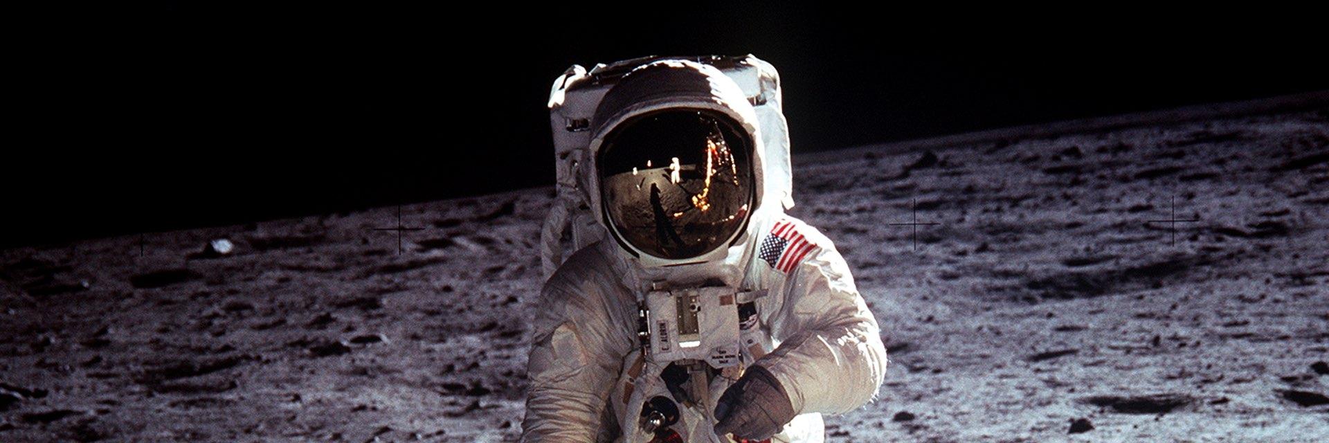 Resultado de imagen para 50 años de la llegada del hombre a la luna
