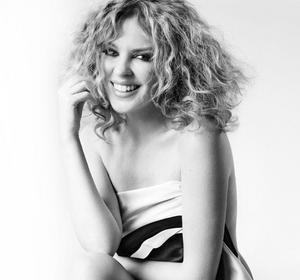 Kylie Minogue Claudia Schiffer Y Sienna Miller Desnudas Contra El
