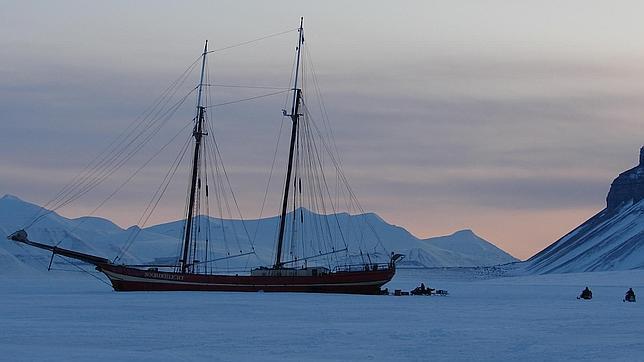 Dormir en el Ártico o sobrevolar Myanmar en globo: vacaciones de lujo al alcance de muy pocos