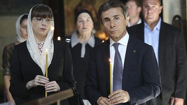 El líder de la oposición en Georgia confía en ganar por mayoría en las legislativas