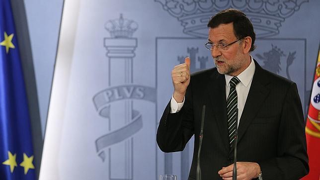 Rajoy reconoce que la ley del aborto «se está debatiendo en el seno del Gobierno»