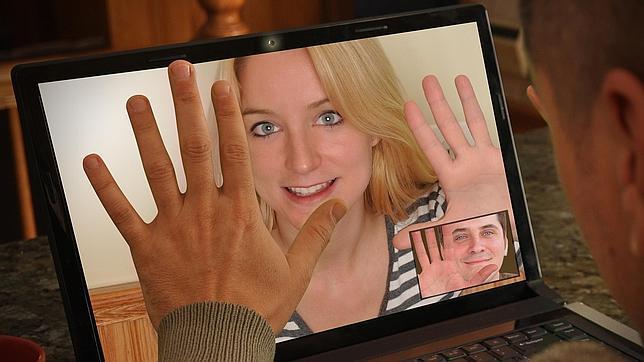 ¿Qué probabilidades de ser feliz tienes si conoces a tu pareja por internet?