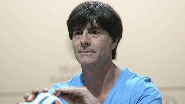 Joachim Löw continúa con Alemania hasta la Euro 2016