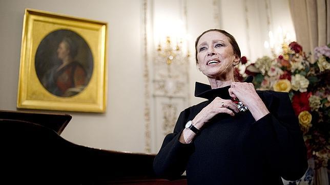 Maya Plisetskaya, en 2012, en el embajada francesa en Rusia