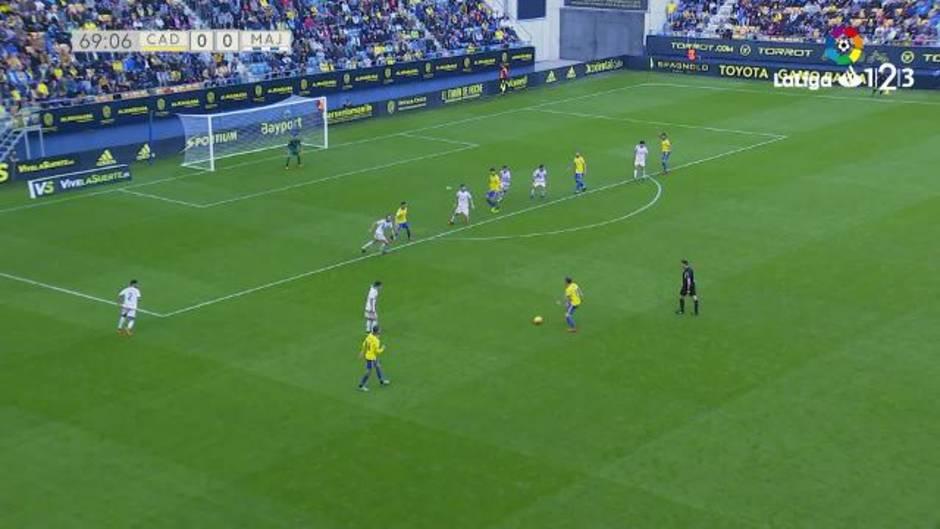 LaLiga123 (J17): Resumen y gol del Cádiz CF 1-0 Rayo de Majadahonda