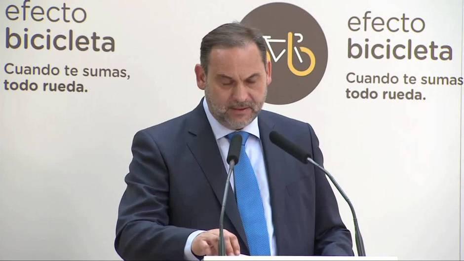 Ábalos adelanta la aprobación de la 'Estrategia Estatal por la Bicicleta'  en el Consejo