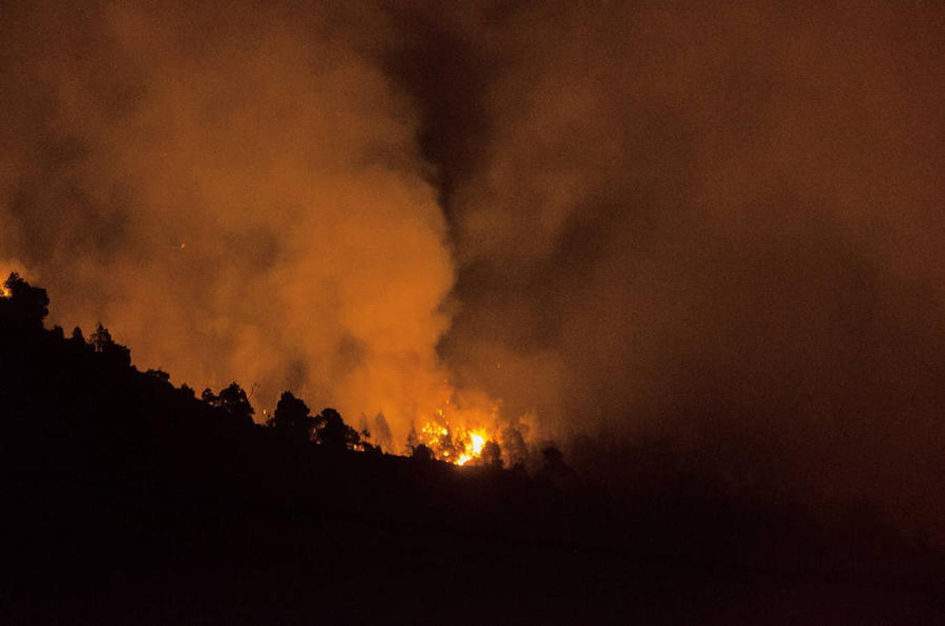 Esta mañana se han evacuado a unas 700 personas de las áreas de Cabeza de Vaca como Tacande además de San Nicolás y Jedey