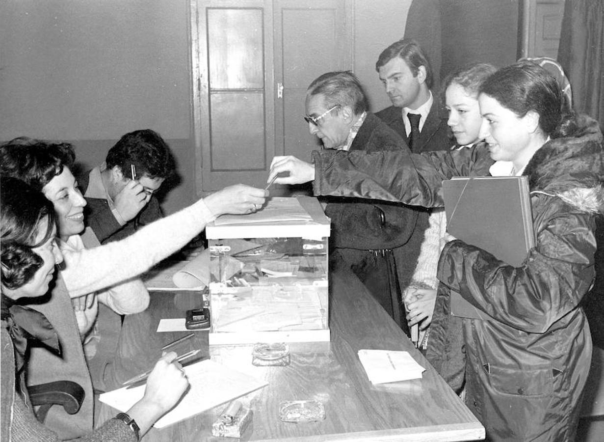 Resultado de imagen de la constitución española 1978