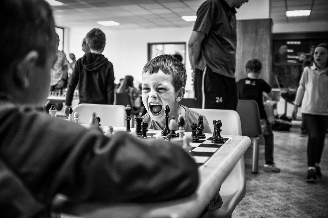 2º premio Historias. Youth Chess Tournaments, de Michael Hanke