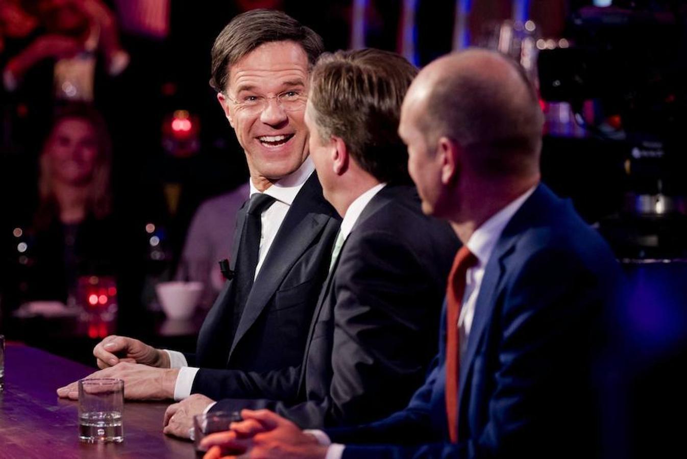 El partido liberal VVD del primer ministro holandés, Mark Rutte, ha ganado las elecciones generales celebradas el miércoles en Holanda al lograr 33 escaños