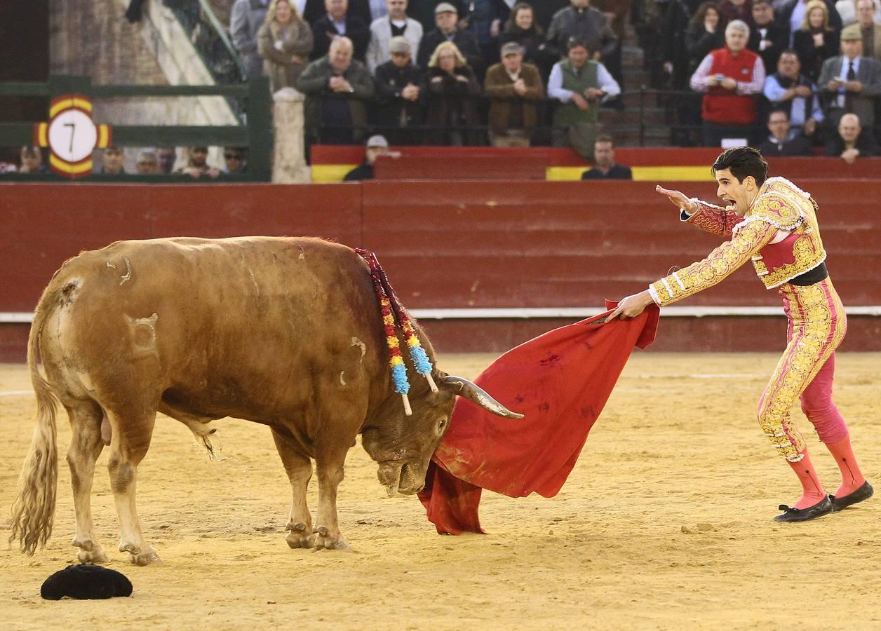 López Simón simula la suerte suprema con «Pasmoso»