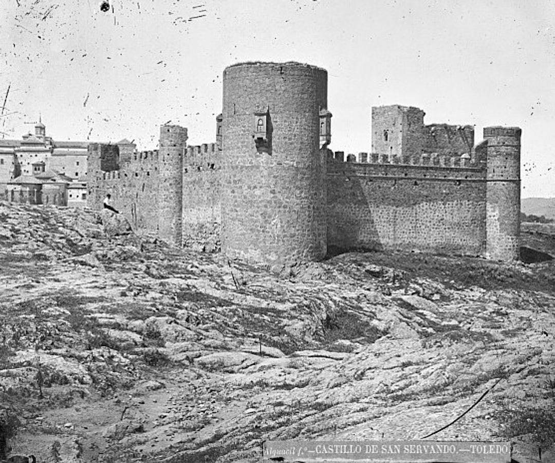 Castillo de San Servando fotografiado por Casiano Alguacil hacia 1885. FOTO ARCHIVO MUNICIPAL DE TOLEDO