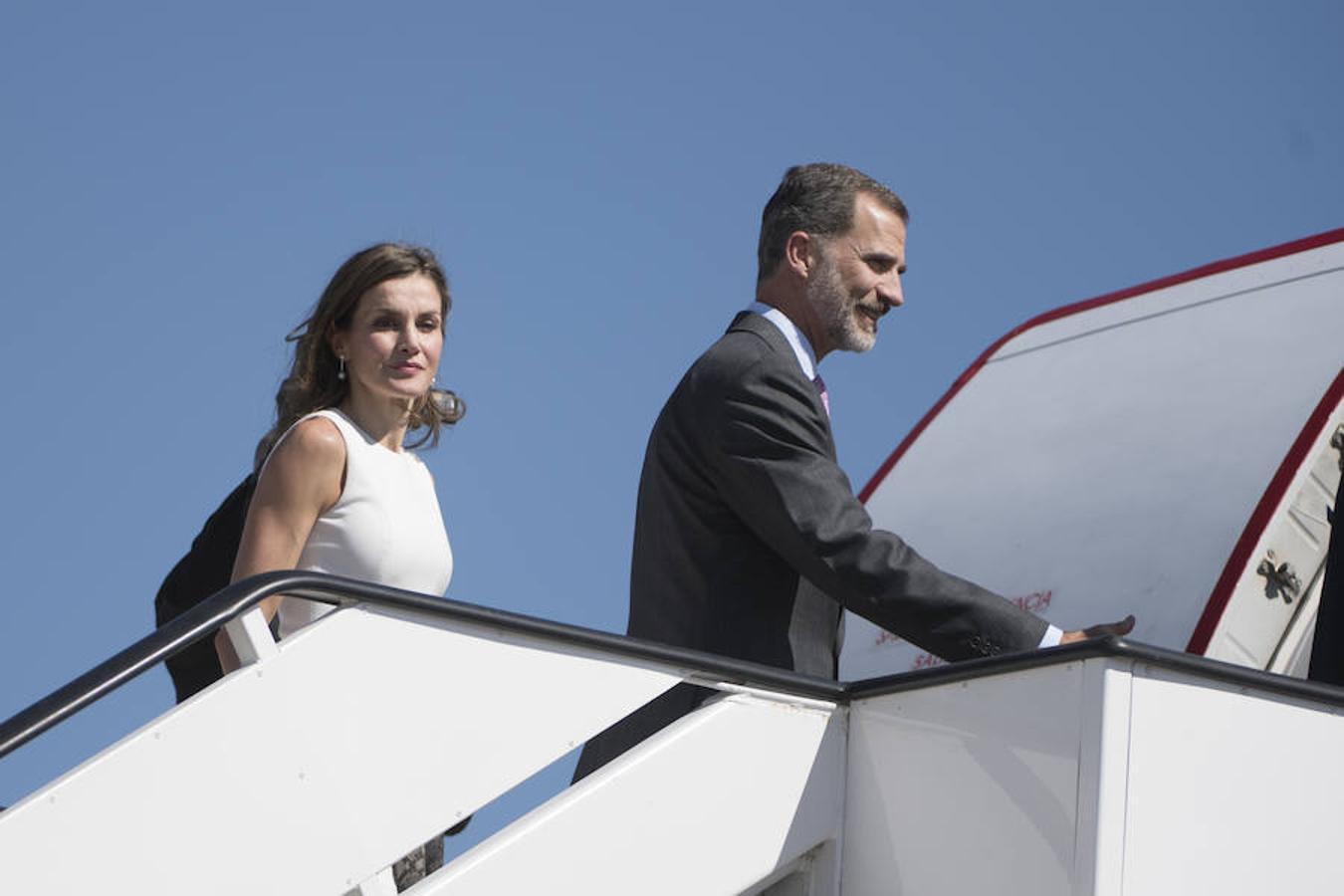 Pabellón de Estado de la T4 en el Aeropuerto Alfo Suarez Madrid Barajas. Los Reyes de España, Don Felipe y Doña Letizia, salen en viaje de estado a Londres.