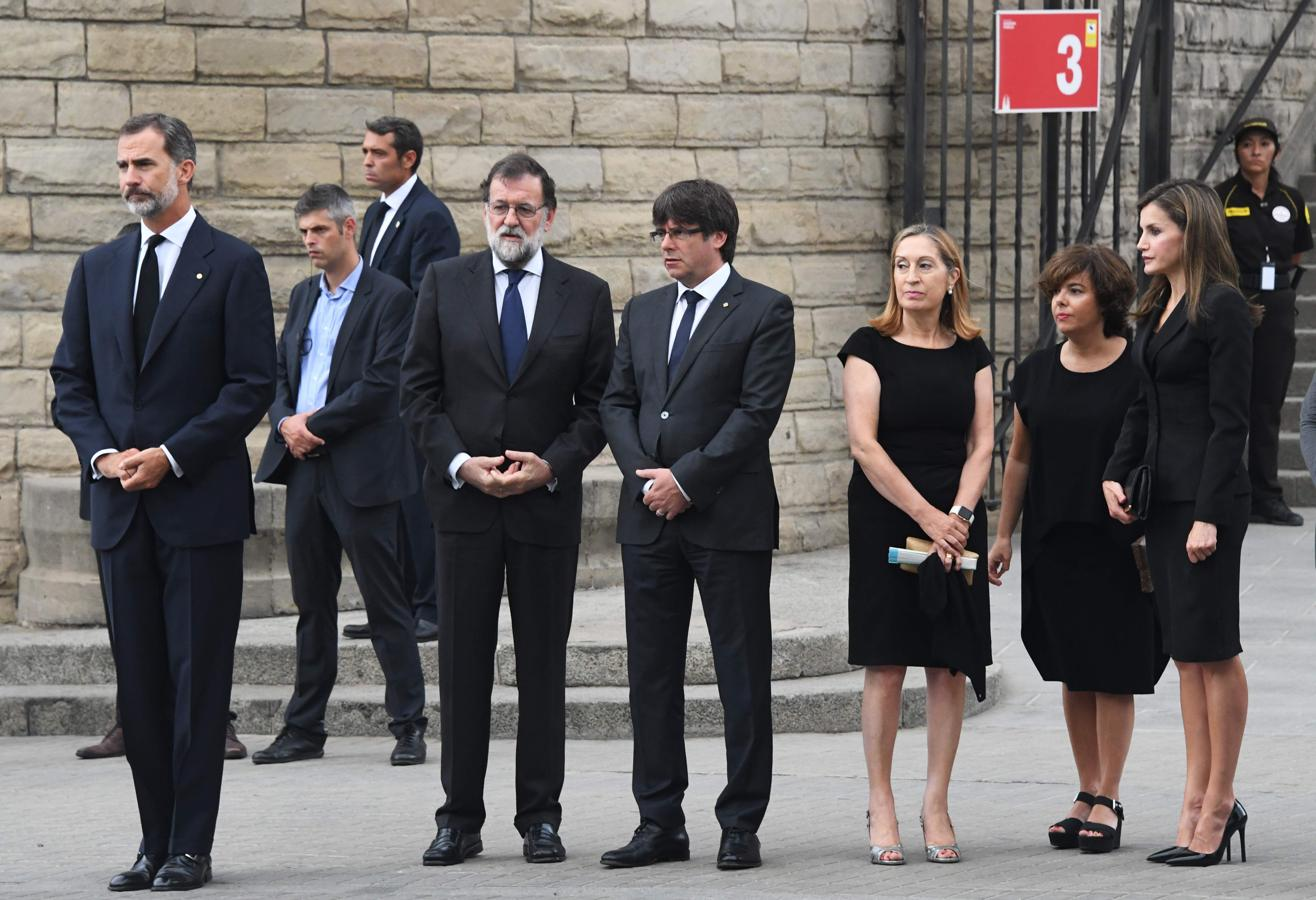 ¿Cuánto mide Carles Puigdemont? - Estatura - Real height Sagrada-familia-7-ky5G--1316x900@abc