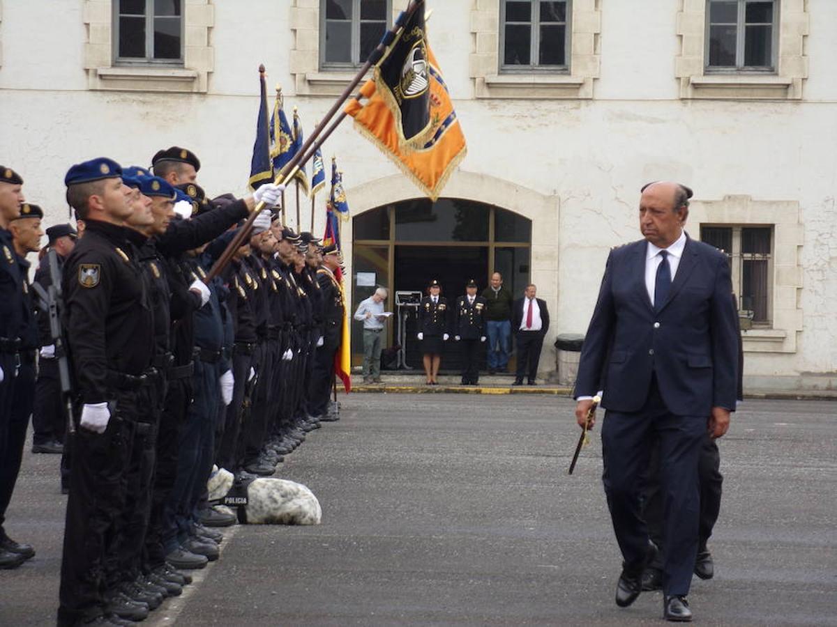 El director general de la Policía, Germán López Iglesias (derecha).