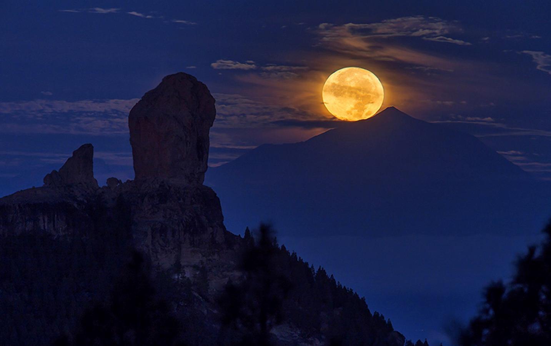 Las Imágenes Más Impresionantes De La Superluna En Todo El Mundo