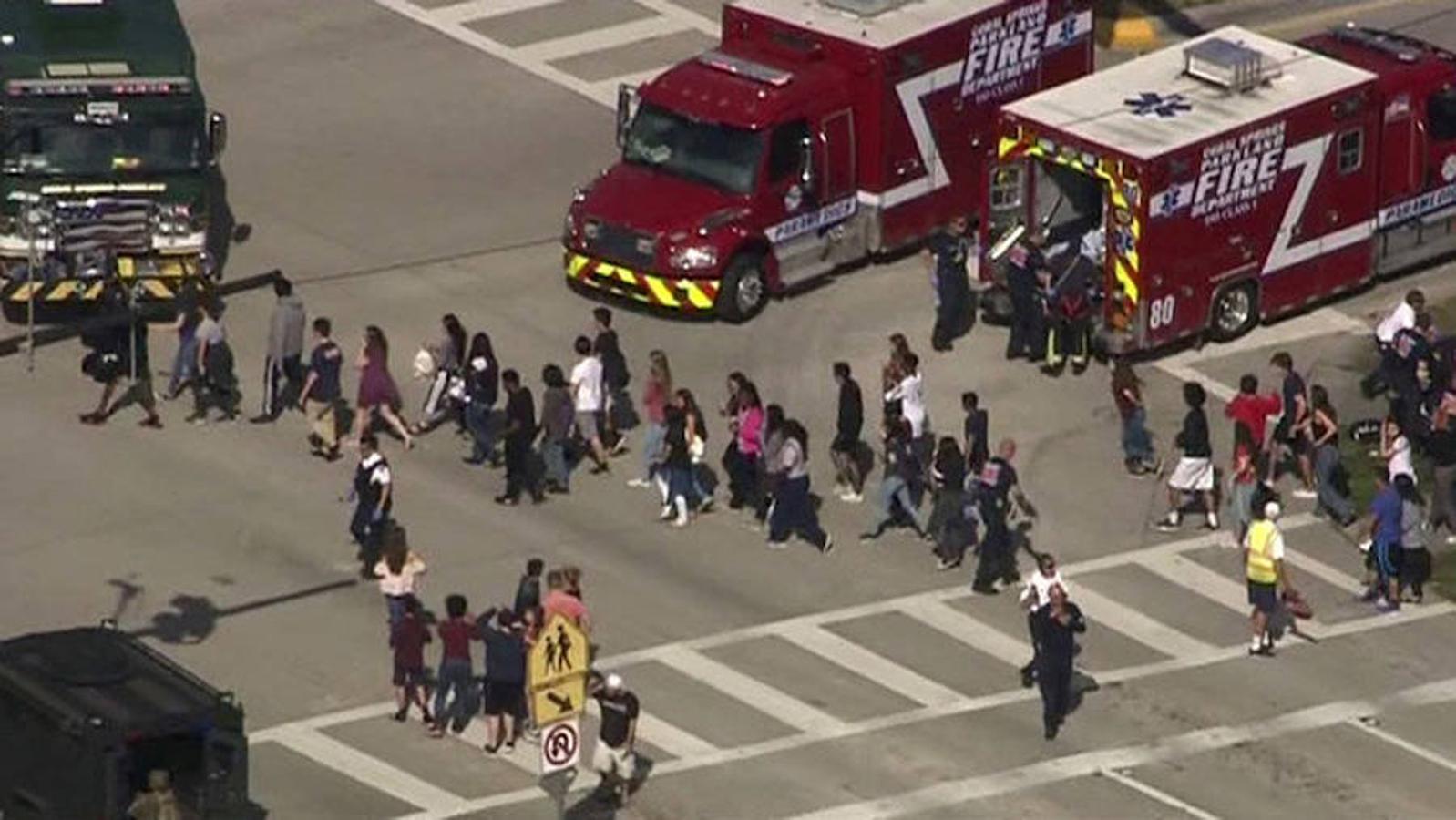 Ayer, un ataque indiscriminado provocó una matanza en el instituto Marjoy Stoneman Douglas en Parkland, una localidad adinerada de Florida