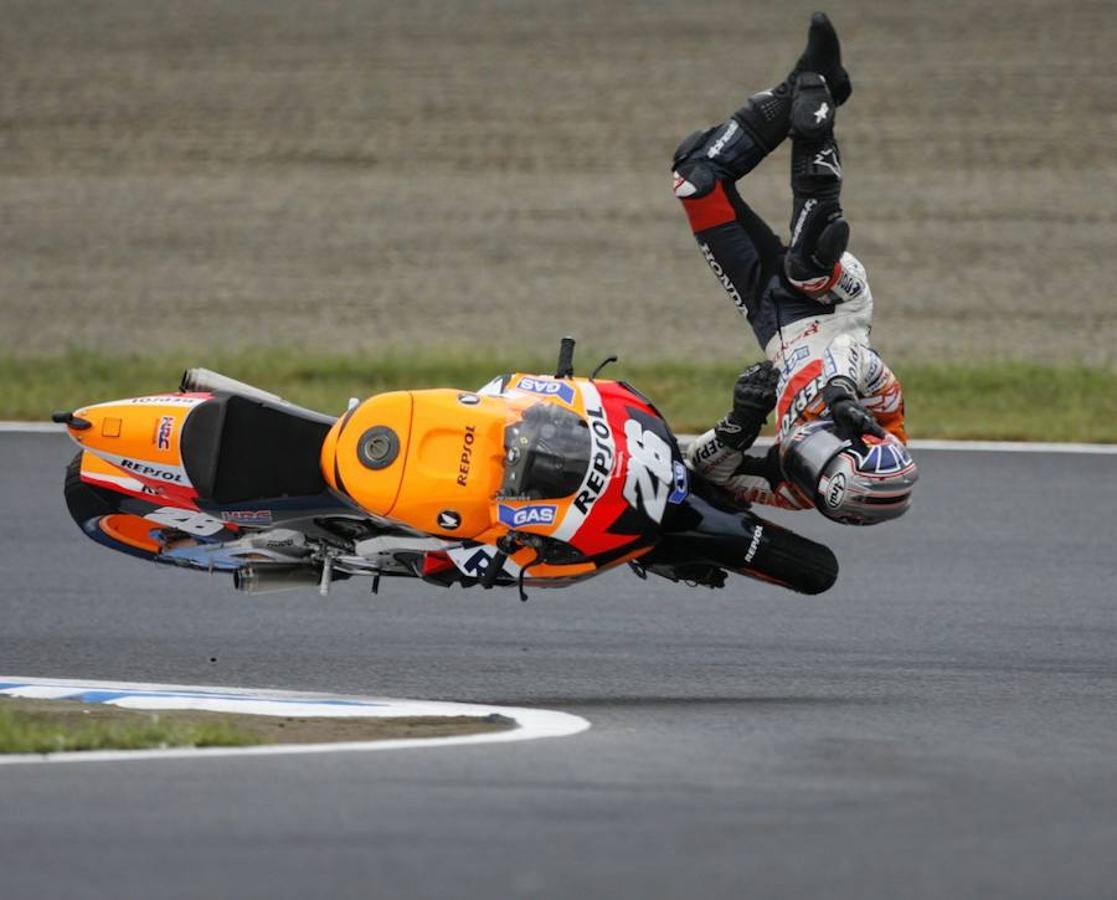 Las caídas, uno de los calvarios de Pedrosa en su carrera deportiva