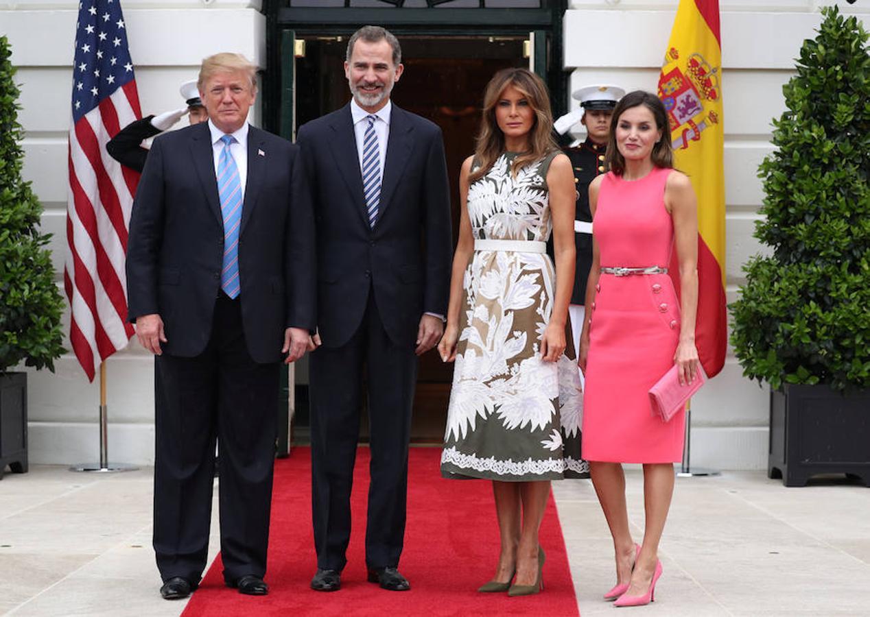 El presidente de Estados Unidos, Donald Trump, y la primera dama, Melania, reciben a los Reyes en la Casa Blanca.