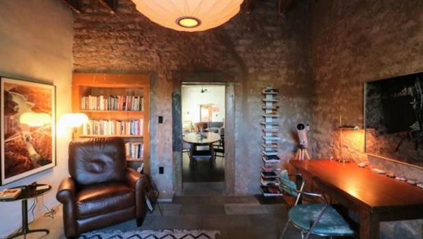 La mansión centenaria de adobe de Diane Keaton