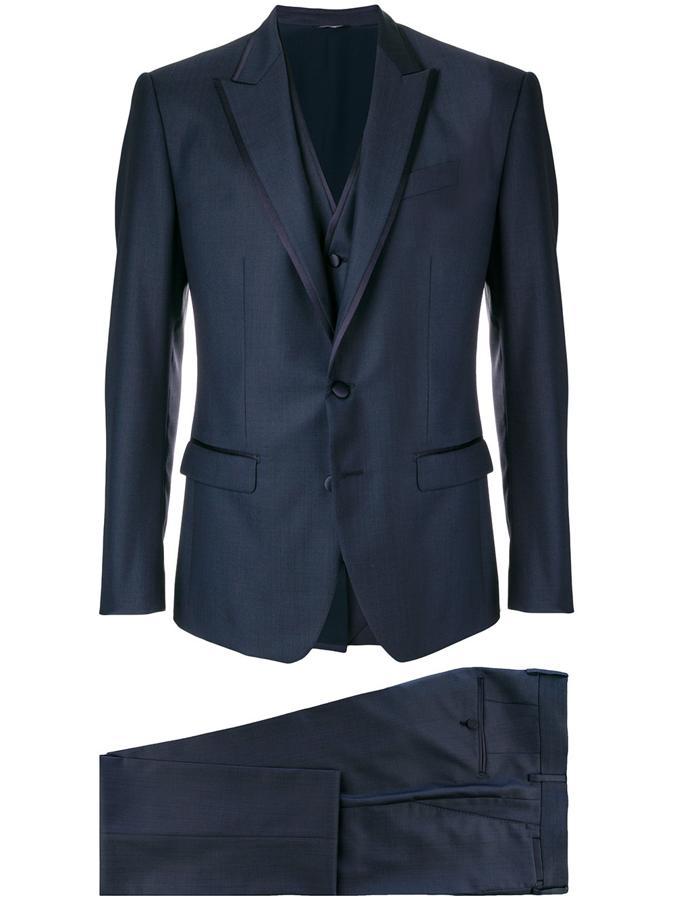 10 trajes por los que volverás a llevar tres piezas