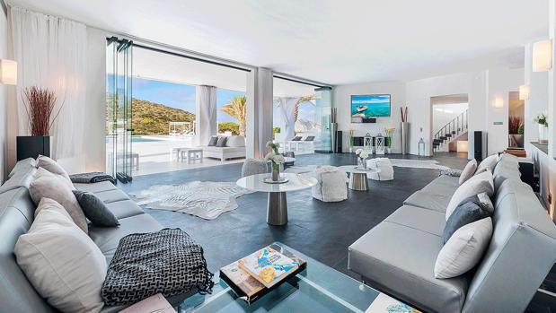El lujo de alquilar una isla privada al lado de Ibiza