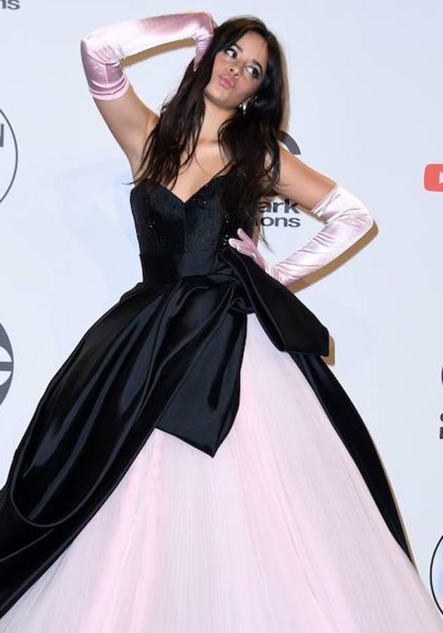 La alfombra roja de los American Music Awards, en imágenes