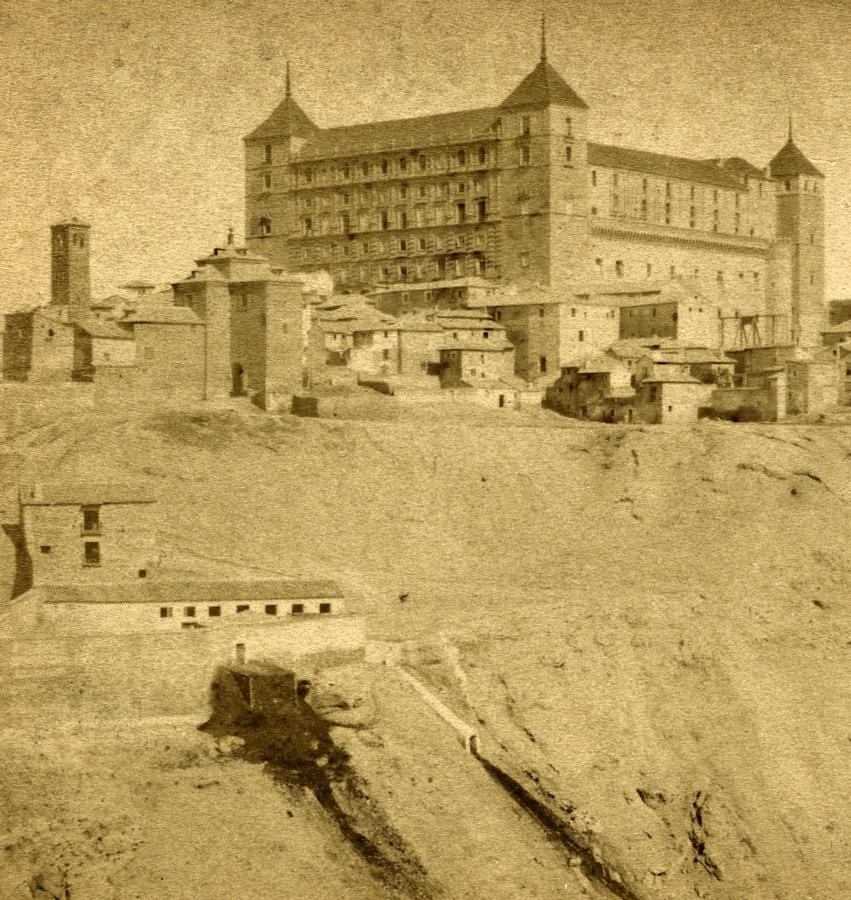 El Corral de Vacas en 1867. Fotografía de J. Andrieu (1816-1872 ?). Archivo Municipal de Toledo. Colección L. Alba