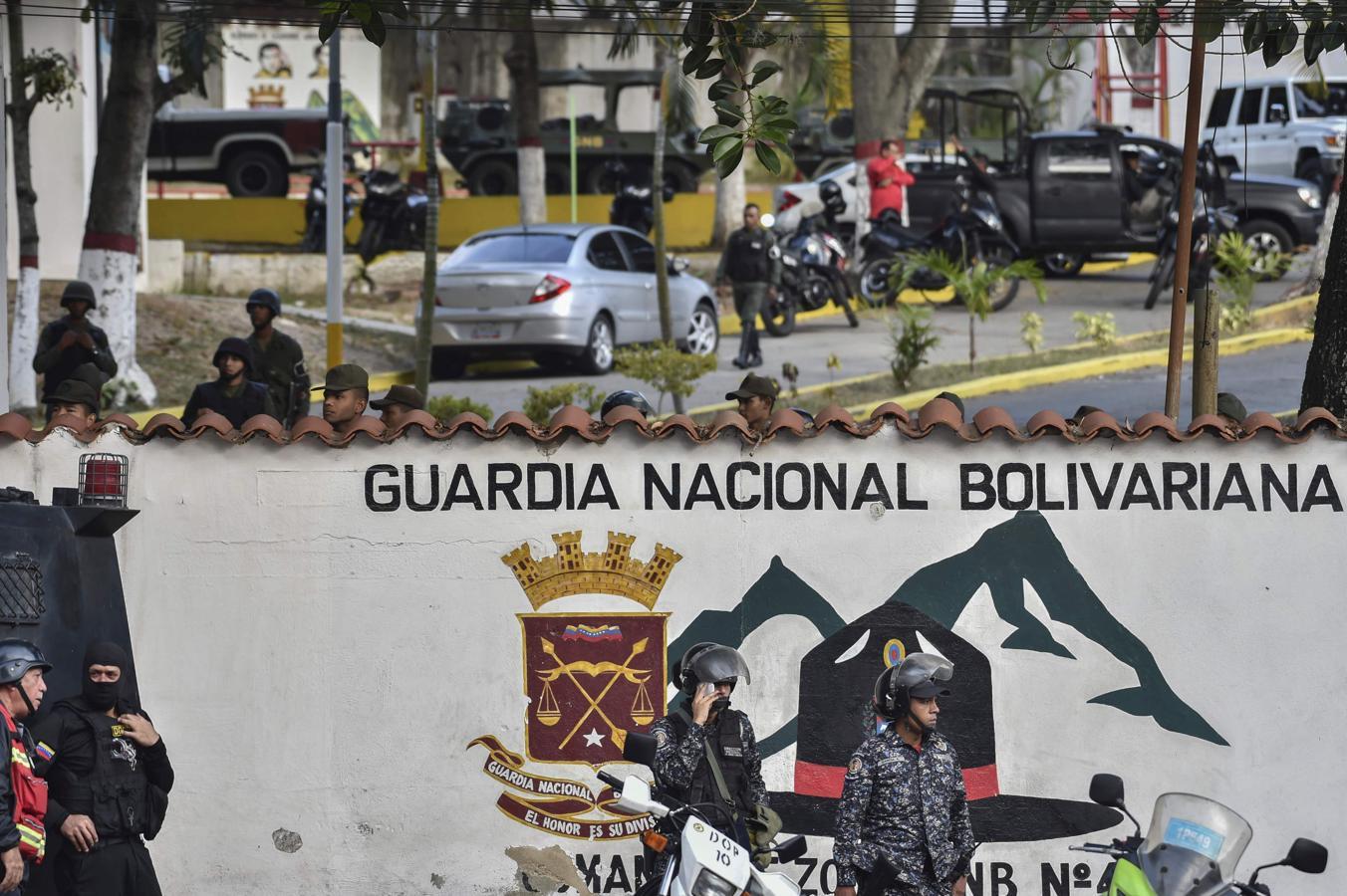 Las imágenes más dramáticas de la sublevación militar en Venezuela