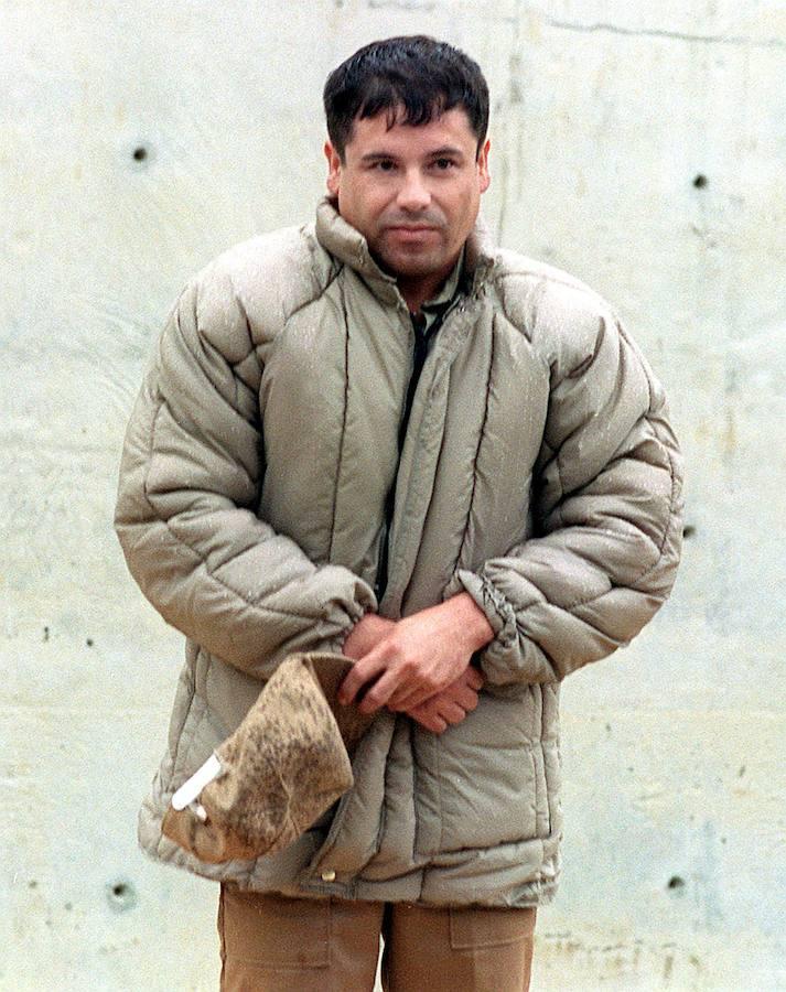 El Chapo Guzmán (1954) fue apresado por primera vez en Guatemala en 1993, desde donde fue extraditado a México y condenado a 20 años de prisión. Esta foto es del 10 de julio de 1993 en la cárcel