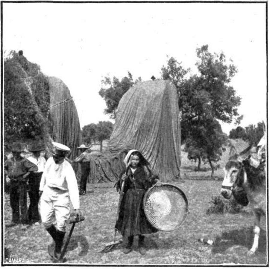 El capitán Kindelán en la barquilla de un globo en 1907. Revista Nuevo Mundo