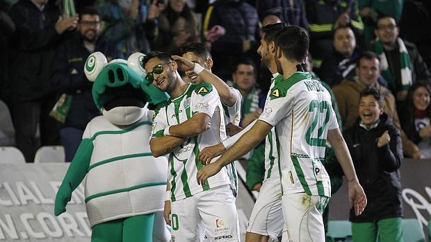 El Córdoba achicharra al Mallorca (3-1)