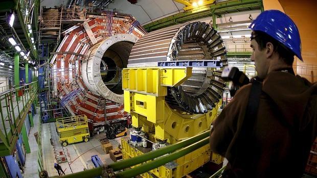 El gran acelerador obtiene indicios de una nueva «partícula de Dios»