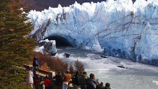 Glaciar Perito Moreno, en el sur de Argentina. Estas formaciones experimentan ciclos anuales y grandes crecimientos durante los períodos glaciares