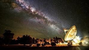 El radiotelescopio CSIRO en Australia participa en la búsqueda de civilizaciones extraterrestres
