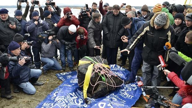 El meteorito recuperado del lago Chebarkul