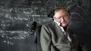 El físico británico Stephen Hawking