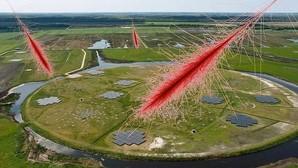 Astrónomos detectan unas misteriosas emisiones de radio de origen desconocido