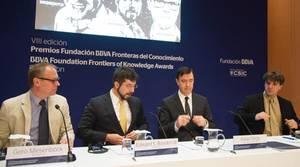 Meisenböck, Boyden, el director de la fundación BBVA, Juan Pardo, y Diesseroth