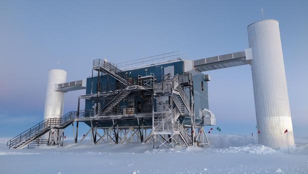 El laboratorio IceCube, instalado en la Antártida