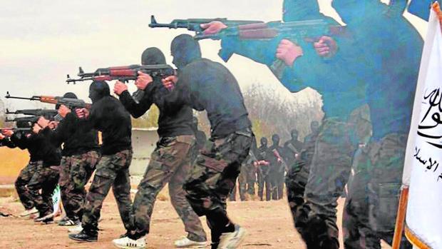 Infiltrados entre refugiados por el «califato» para matar