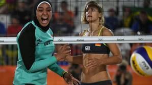 Dos realidades: el duelo del voley playa entre Alemania y Egipto