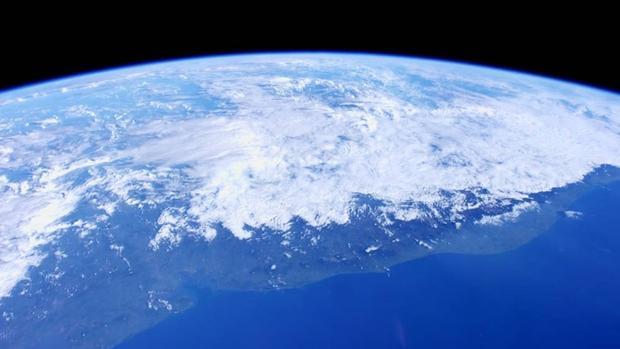 Algo extraño sucede en la estratosfera