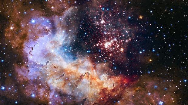 Un reciente artículo sugirió que los indicios apoyaban la idea de que el Universo se expandía con una aceleración constante