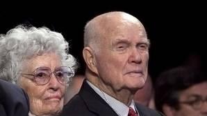 Muere John Glenn, el último gran héroe americano
