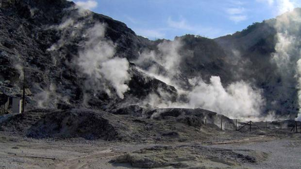 Campi Flegrei, una extensa área volcánica cerca de Nápoles