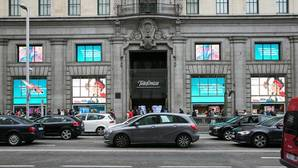 La CNMC multa a Telefónica por no reparar averías a clientes de otros operadores