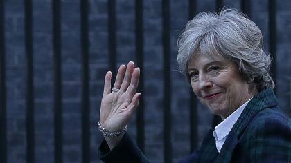 May amenaza a la UE con una guerra comercial si castiga al Reino Unido